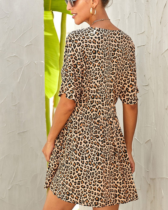 Women's Loose V-Neck Single-breasted Leopard Dress With Pockets